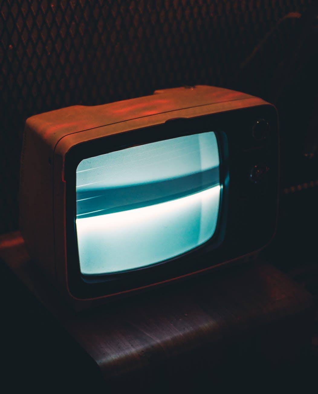 Os 70 anos da televisão no Brasil vão ser retratados em documentário pela TV Cultura